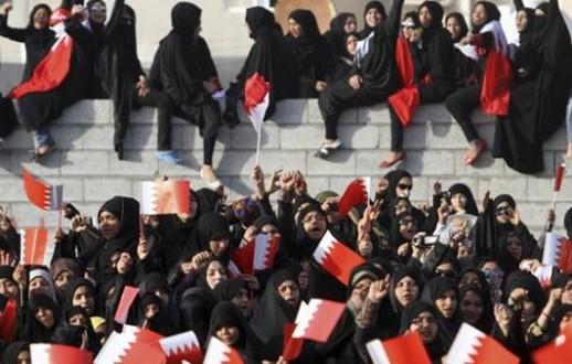 مساعٍ مزدوجة لاحتواء حراك المرأة في البحرين